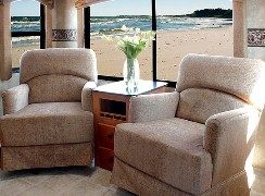 Jazz Fifth Wheel Interiors by THOR